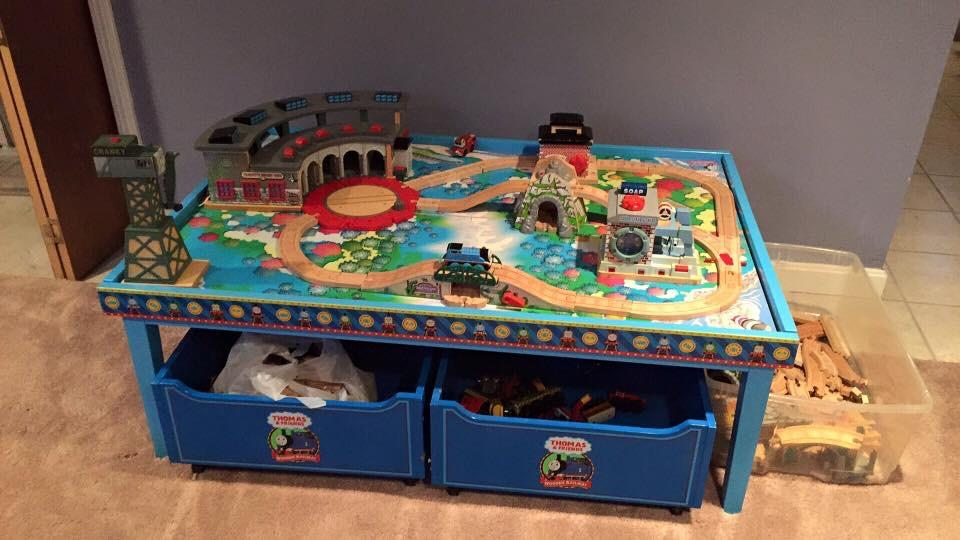 how to build a thomas the train table