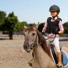Horseback Riding Lessons (Ages 5+)
