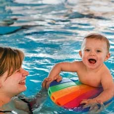 We specialize in teaching babies and beginners. We aim to create the perfect environment for learn to swim.