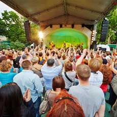 Things to do in Charleston, SC: Freshfields Village Memorial Day Weekend Concert