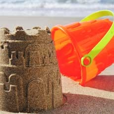 Things to do in Mystic-Old Lyme, CT  for Kids: Sandcastle Competition, Hole in the Wall Beach