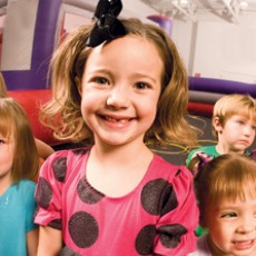 Monday Open Bounce (Ages 2-4)