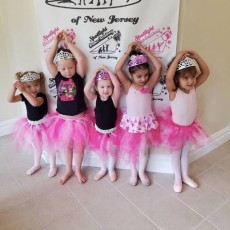 Summer Dance Camps: Ages 2.5+