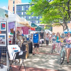 Things to do in Town of Hempstead, NY for Kids: Arts In The Plaza - Weekly Arts Festival, Arts In The Plaza