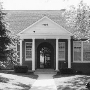 Edward F. Fry Memorial Library at Point of Rocks