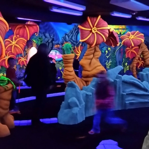 Things to do in Medina-Strongsville, OH for Kids: Friday Alien Mini Golf, Alien Vacation Mini Golf