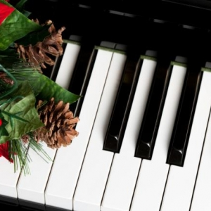 Piano Lessons for the Holidays